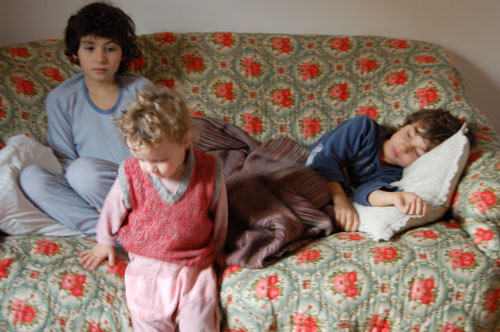 figli che si riposano