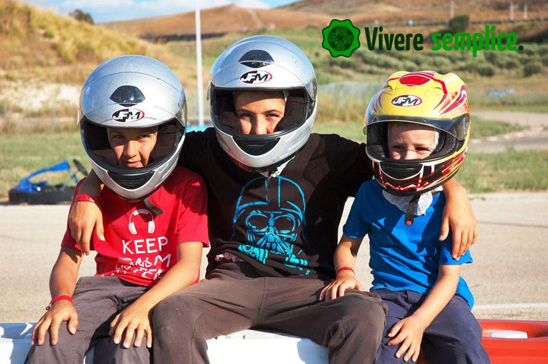 in vacanza con 4 maschi - guida alla sopravvivenza - vivere semplice